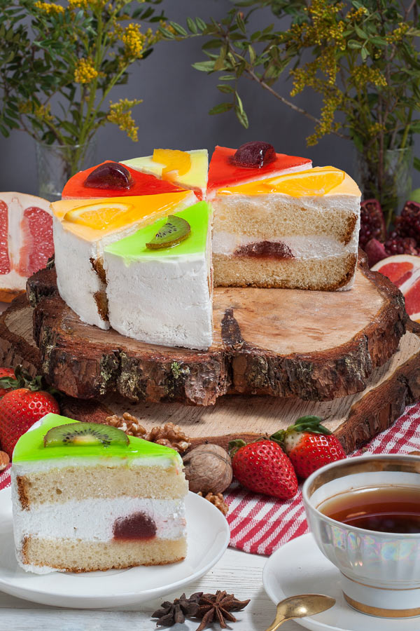 торт Мультифрут